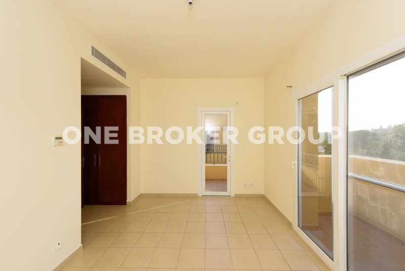 Type C,  2 BR, landscaped garden, Vacant
