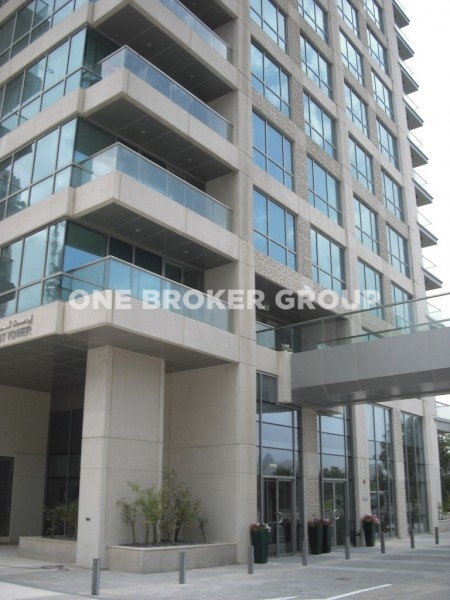 Unfurnished 1 Bed Apt with Lake View