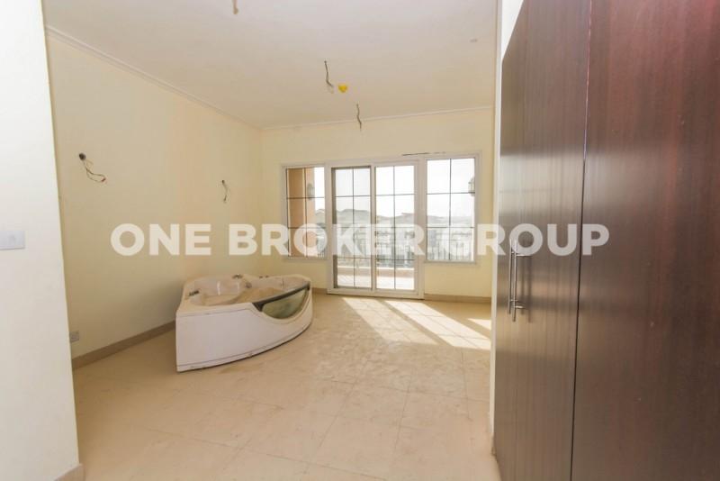 Sundials 5 Bed Villa,Corner Plot,Equipped Kitchen