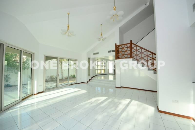 Lovely Compound Villa , Great Facilities