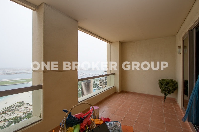 Sea View,Vacant 1 BR with Fitted Kitchen