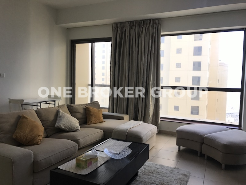 Fully Furnished, 1 Bed Apt with Sea View