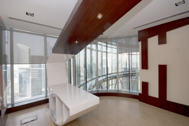 Corner Office,High Floor,Panoramic View