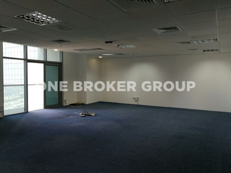 Vacant, Fitted  Office in Tiffany Tower