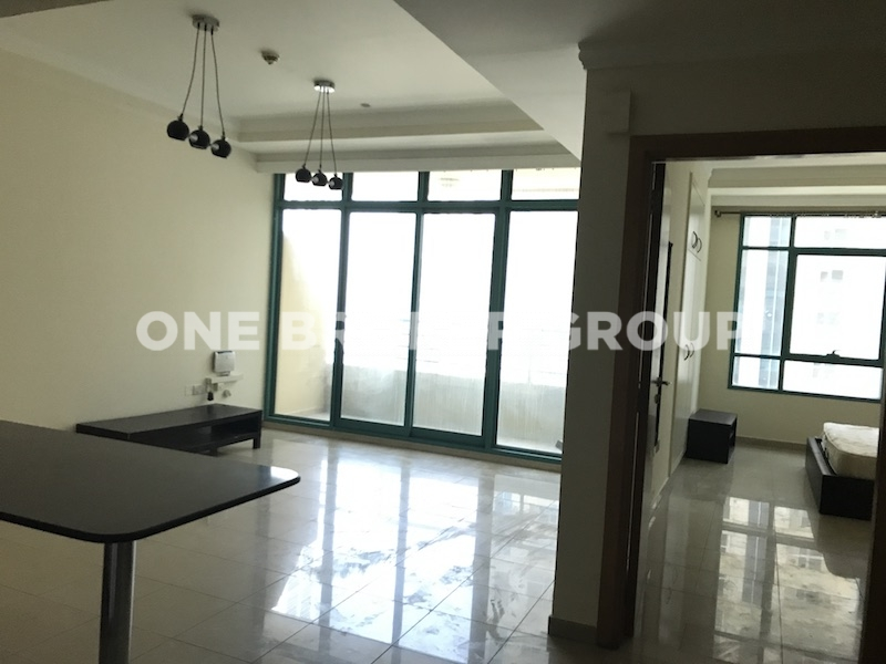 Semi Furnished 1 Bed with Courtyard View