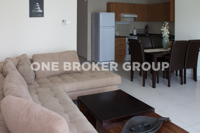 Furnished 1Bed Flat with View of Marina