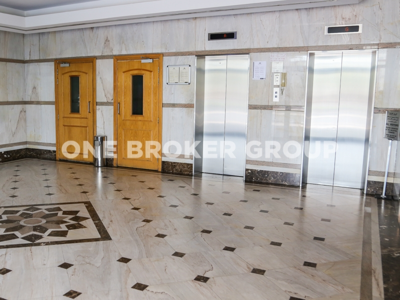 Spacious 2 Bedroom Apartment With Maids