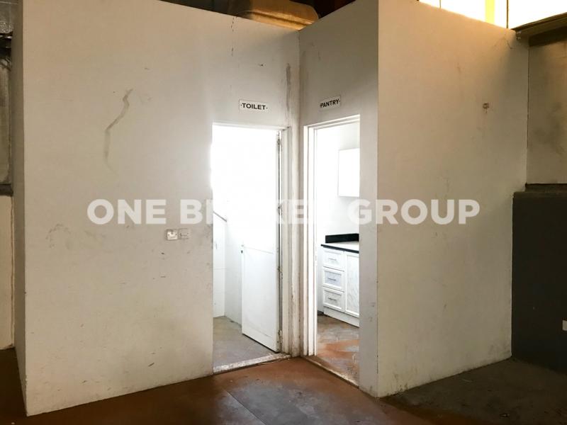 Warehouse Located In DIP2 | 8, 114sqft