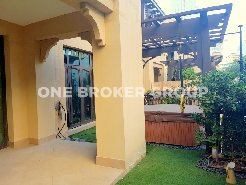 Garden Apartment|Vacant|2 Beds|Spacious