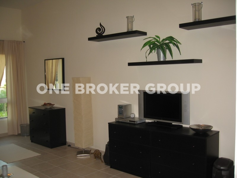 Utilities Included,Pay Monthly,Furnished