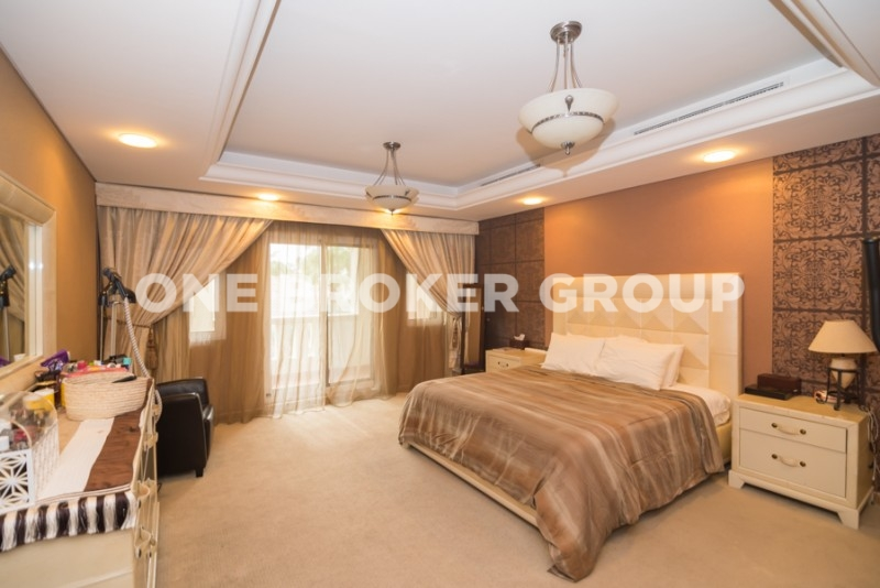 Remodeled 4 BR+M Apartment Al Badia Res