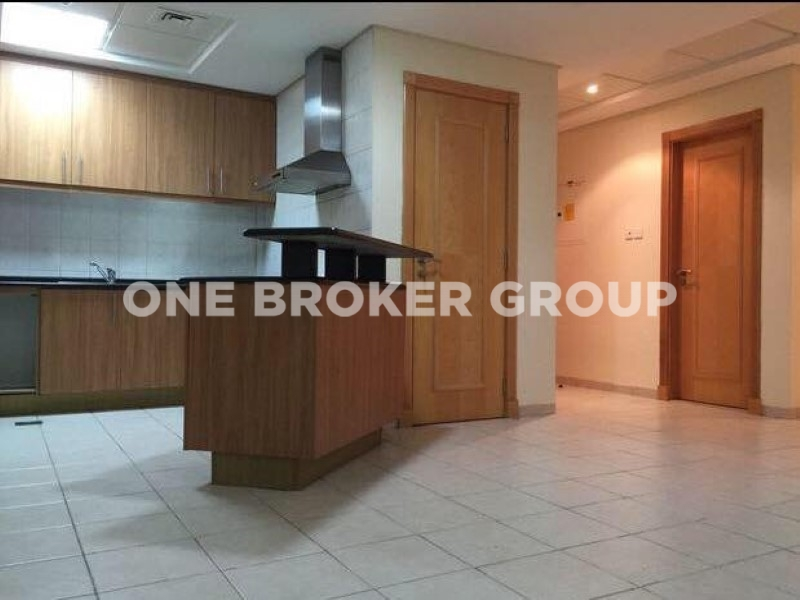 Well Maintained 1br Apt,Type U,Med Cluster