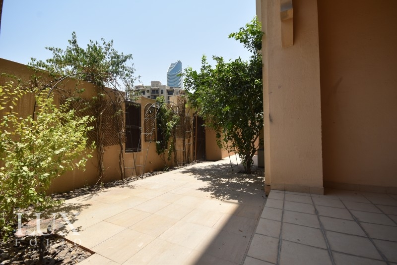 Kamoon 1, Old Town, Dubai image 0
