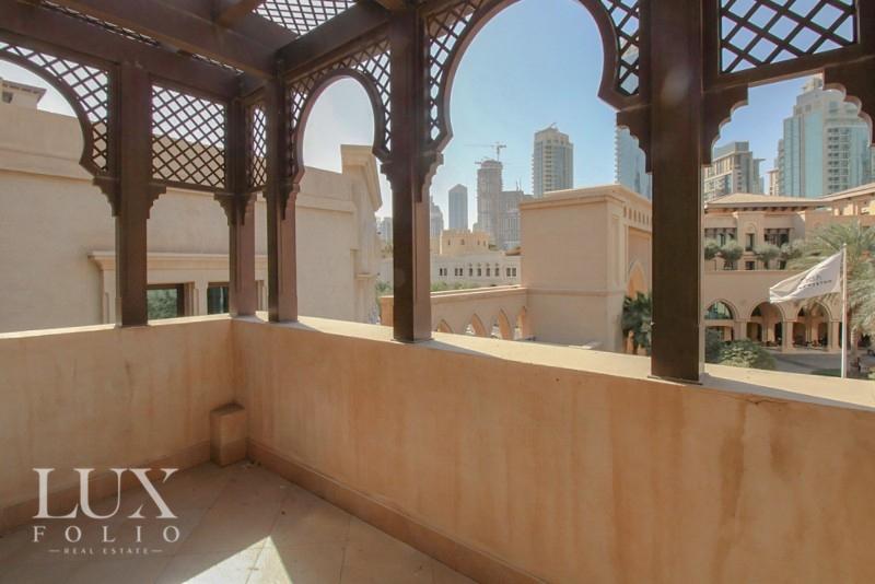 Al Tajer Residence, Old Town, Dubai image 6