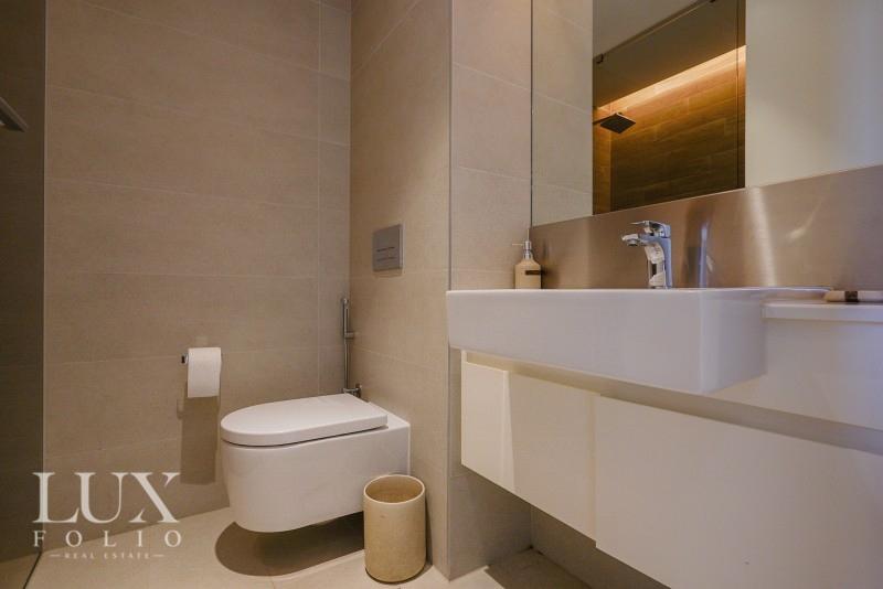 Apartment Building 7, Bluewaters Island, Dubai image 16