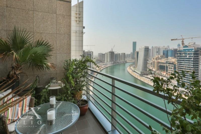 Hamilton, Business Bay, Dubai image 3