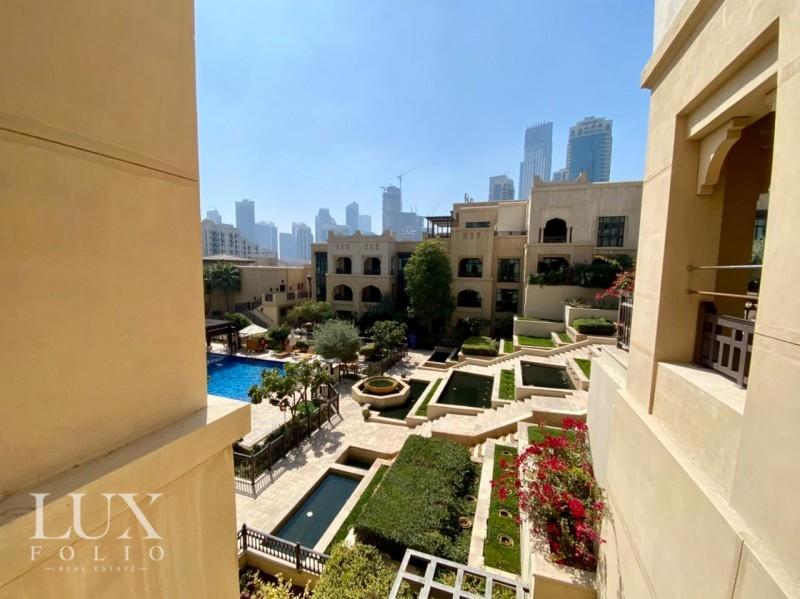 Al Tajer Residence, Old Town, Dubai image 11