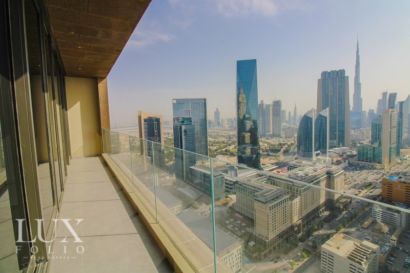 Maze Tower, Sheikh Zayed Road, Dubai image 1