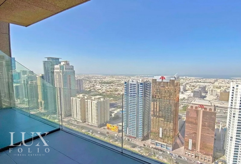 Maze Tower, Sheikh Zayed Road, Dubai image 4