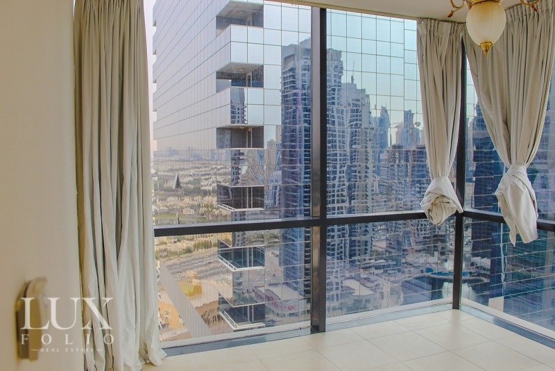 Goldcrest Views, Jumeirah Lake Towers, Dubai image 4