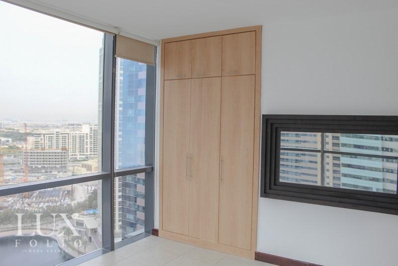 Goldcrest Views, Jumeirah Lake Towers, Dubai image 8