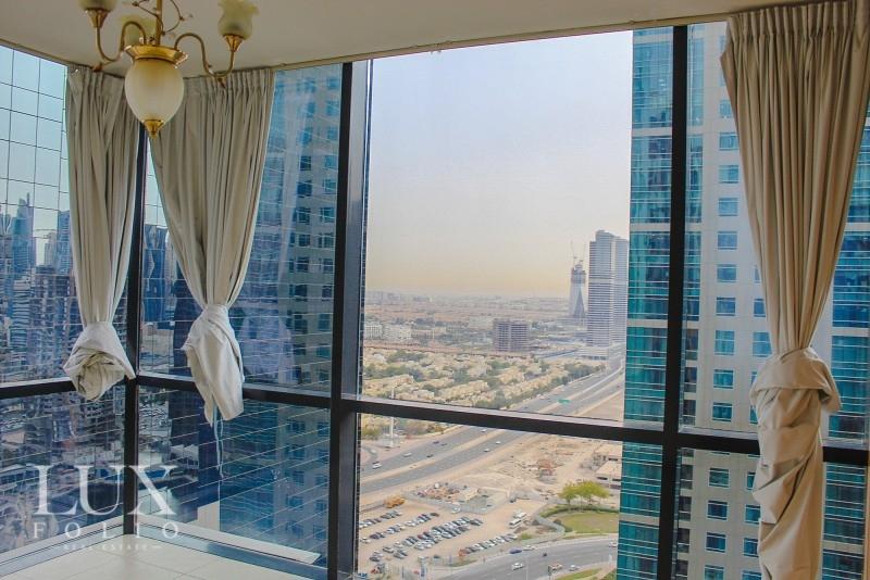 Goldcrest Views, Jumeirah Lake Towers, Dubai image 2