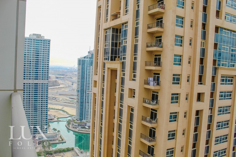 Bonnington, Jumeirah Lake Towers, Dubai image 9