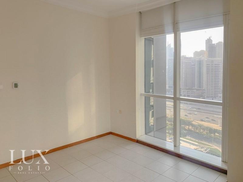 Mag 214, Jumeirah Lake Towers, Dubai image 2