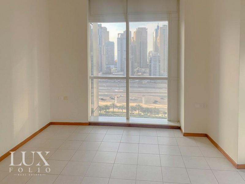 Mag 214, Jumeirah Lake Towers, Dubai image 3