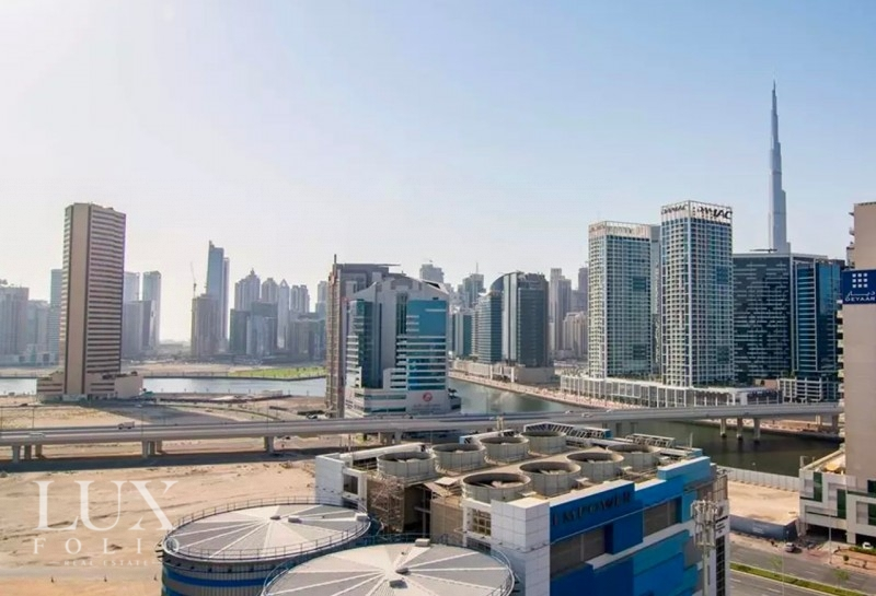 Vezul Residence, Business Bay, Dubai image 9