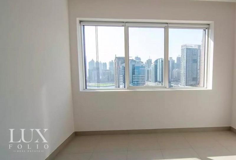 Vezul Residence, Business Bay, Dubai image 6