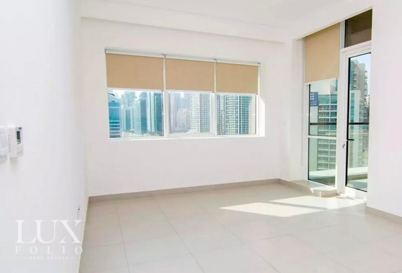 Vezul Residence, Business Bay, Dubai image 3