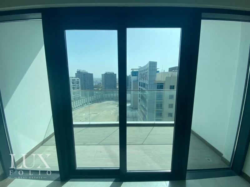 Sol Bay, Business Bay, Dubai image 2