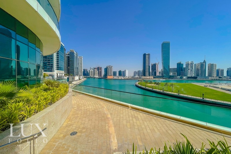 Bays Edge, Business Bay, Dubai image 19