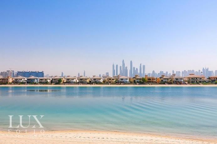 Signature Villas Frond P, Palm Jumeirah, Dubai image 0