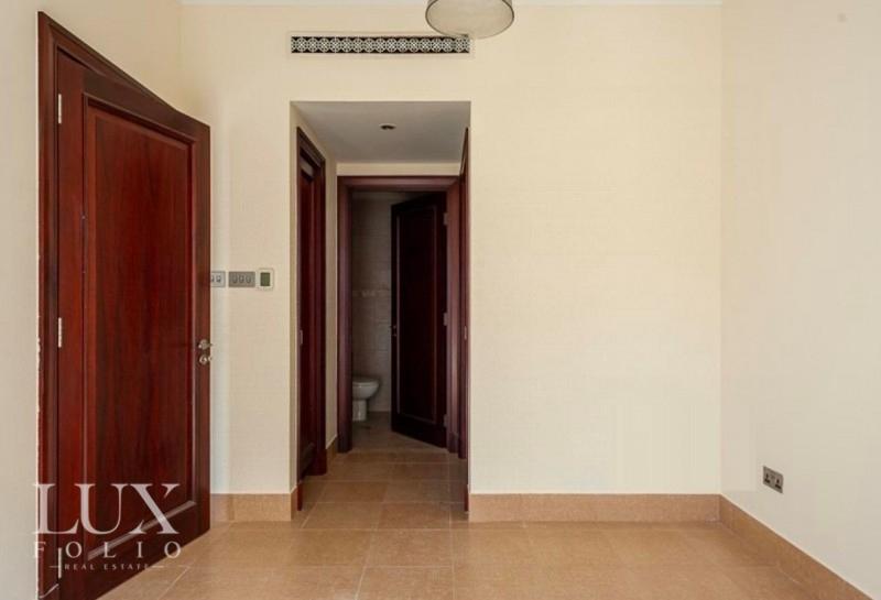 Kamoon 1, Old Town, Dubai image 7