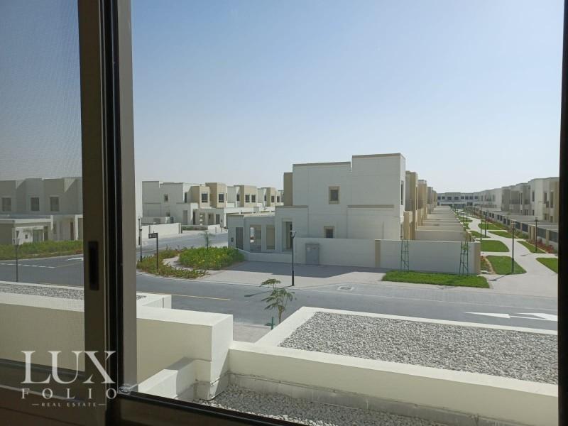 Naseem Townhouse, Town Square, Dubai image 5