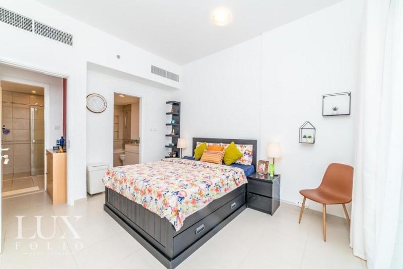Zahra Apartments 1B, Town Square, Dubai image 4
