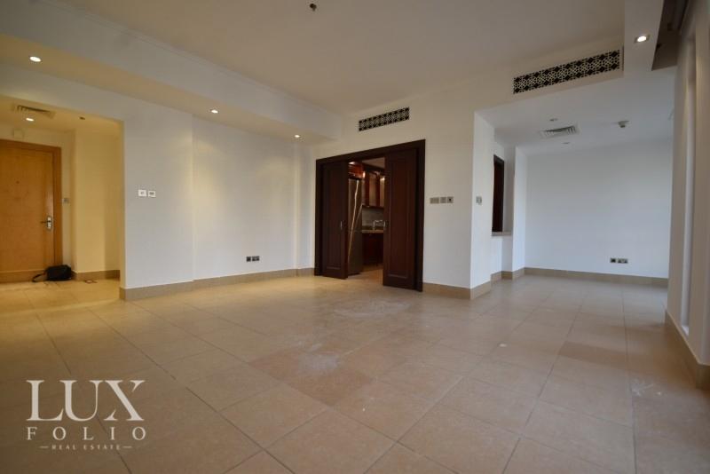 Kamoon 1, Old Town, Dubai image 2