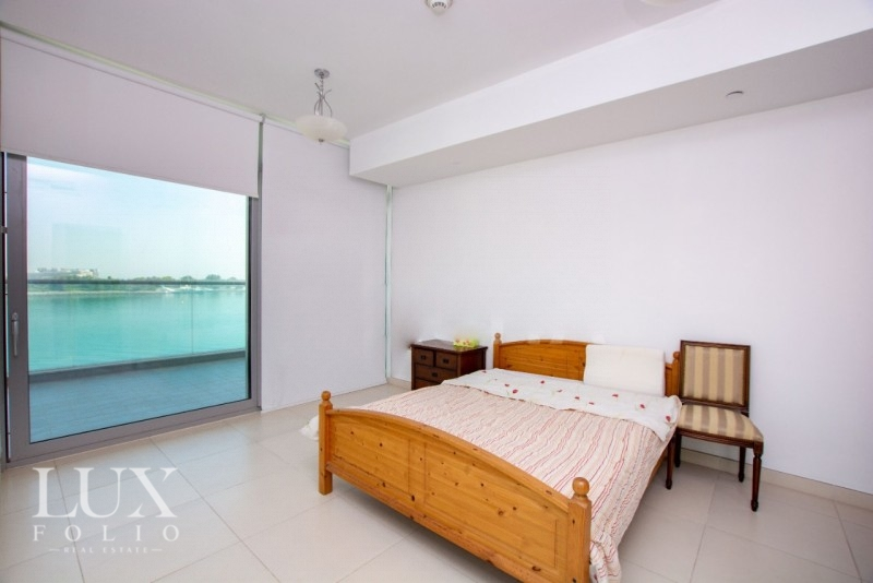 Azure Residences, Palm Jumeirah, Dubai image 8