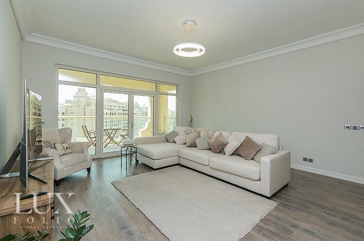 Shoreline Apartments, Palm Jumeirah, Dubai image 1