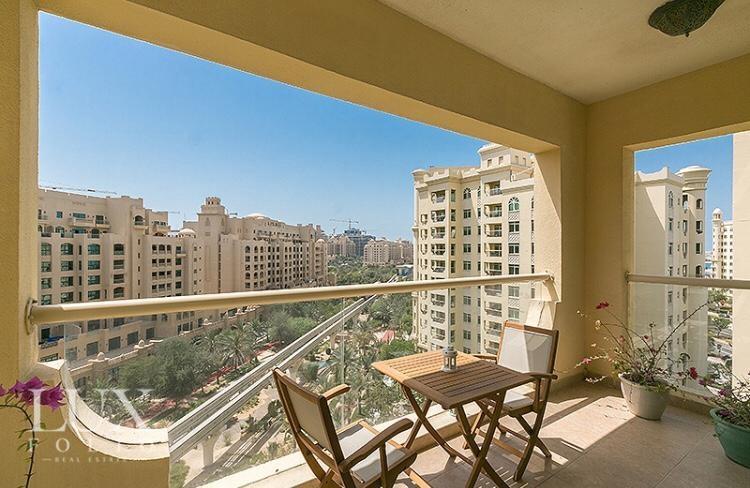 Shoreline Apartments, Palm Jumeirah, Dubai image 13