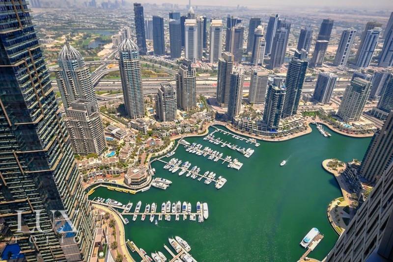 Cayan Tower, Dubai Marina, Dubai image 2