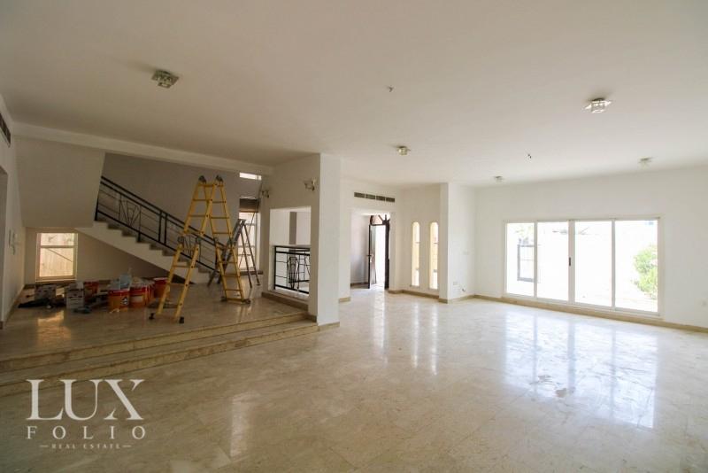 Umm Al Sheif Villas, Umm Al Sheif, Dubai image 1