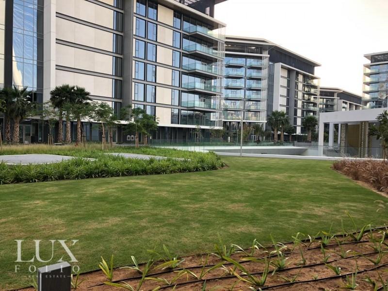 Apartment Building 8, Bluewaters Island, Dubai image 12
