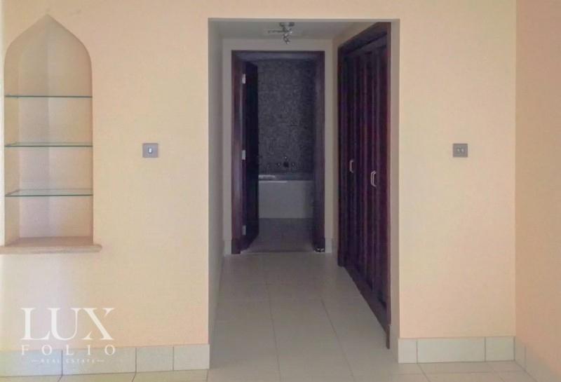 Reehan 4, Old Town, Dubai image 5