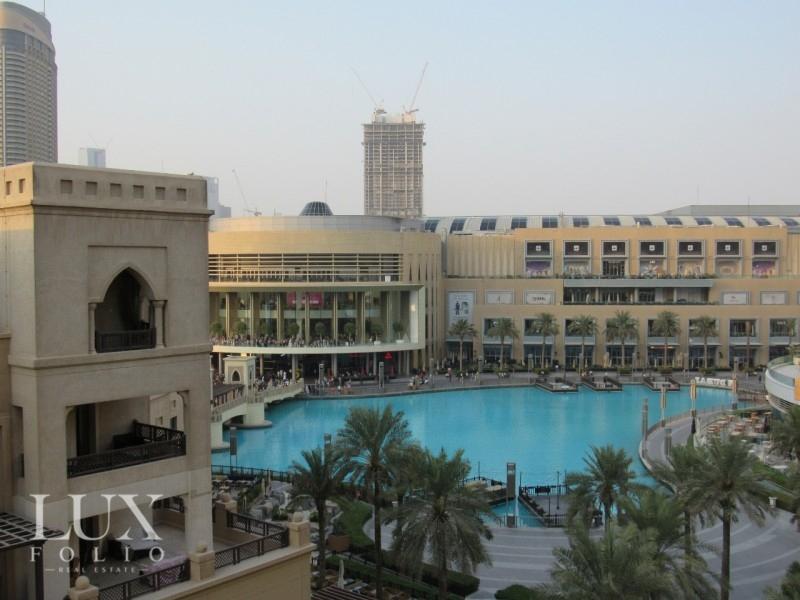 Al Tajer Residence, Old Town, Dubai image 12