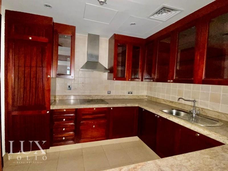 Zanzebeel 3, Old Town, Dubai image 8