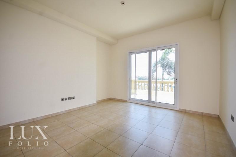 Marina Residence, Palm Jumeirah, Dubai image 5