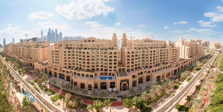 Golden Mile 10, Palm Jumeirah, Dubai image 0